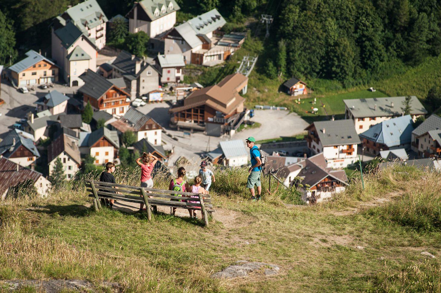 Vue de Valloire depuis Poingt-Ravier